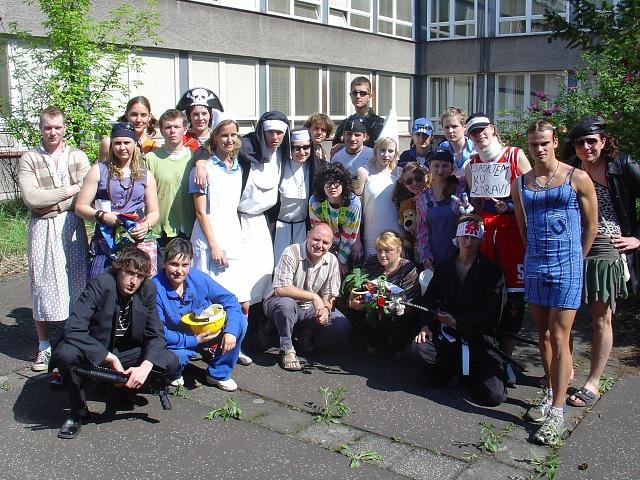Absolventi 2006