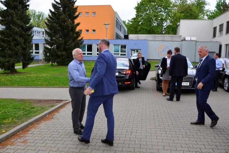 Návštěva ministra školství na Sportovním gymnáziu Dany aEmila Zátopkových