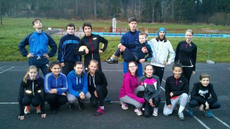 Atleti ze skupiny Romany Dubnove na soustředění vBeskydech